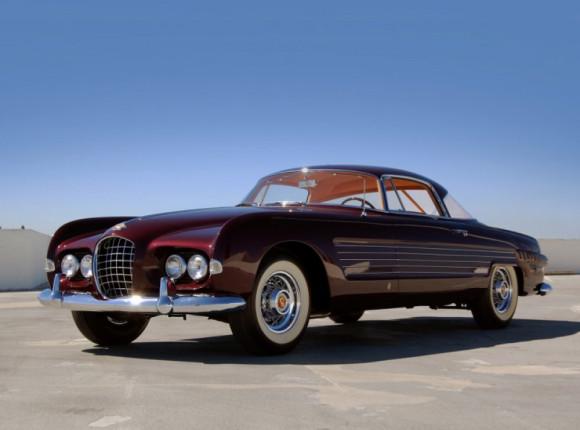 Серія «Впізнай авто на фото»: Cadillac Series 62 Coupe de Ville by Ghia 1953 Ріти Хейворт