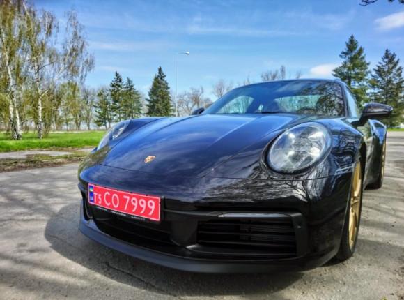 Наш тест. Porsche 911 Carrera 4S Typ 992: питання сенсів
