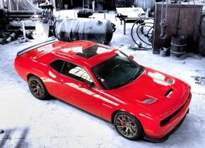 Dodge Challenger SRT Hellcat: