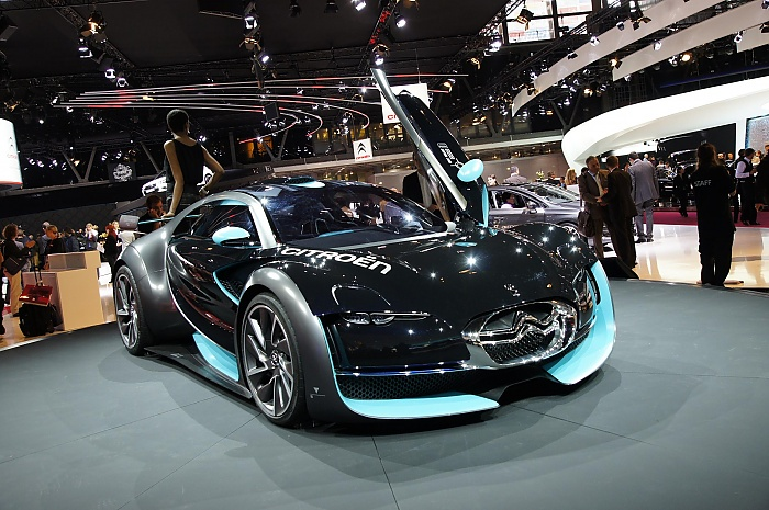Citroen Survolt at Paris-2010