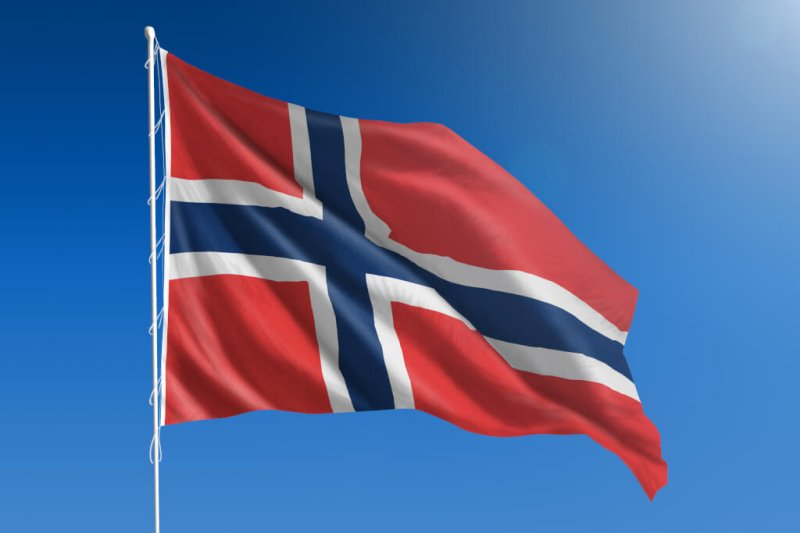 in-2020-norway-becomes-first-country-in-the-world-were-electric-cars-win-race-against-diesel-and-petrol-cars