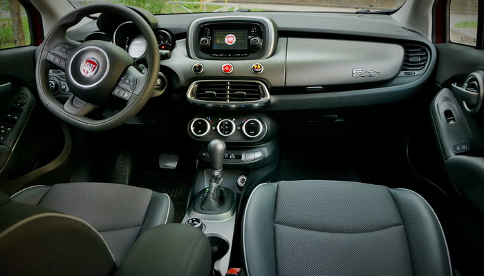 FIAT 500X Cross interior by AB Sport-Engine