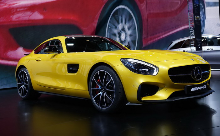 MERCERDES-AMG GT PREMIERE AT PARIS-2014