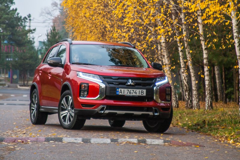 automotive-world-on-sport-engine-with-oleg-vasylevskyi-test-drive-mitsubishi-asx-2-0-invecs-iii-awd